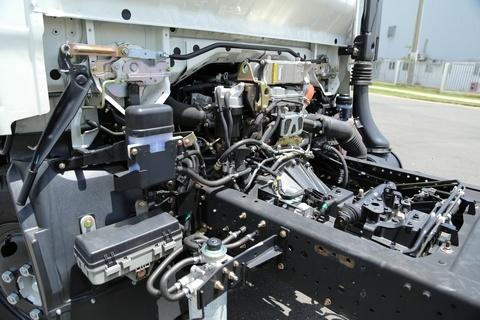 xe tải isuzu 13 tấn chassis FN129